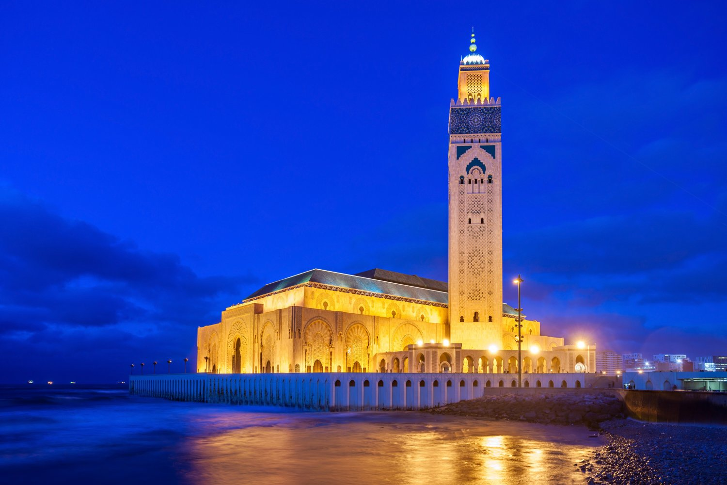 Morocco's Imperial cities with locals